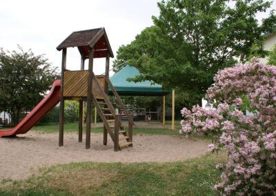 Kindergärten, Schulen, Spielplätze