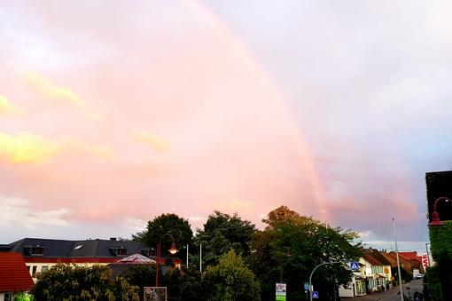 Regenbogen über der Naheweinstraße