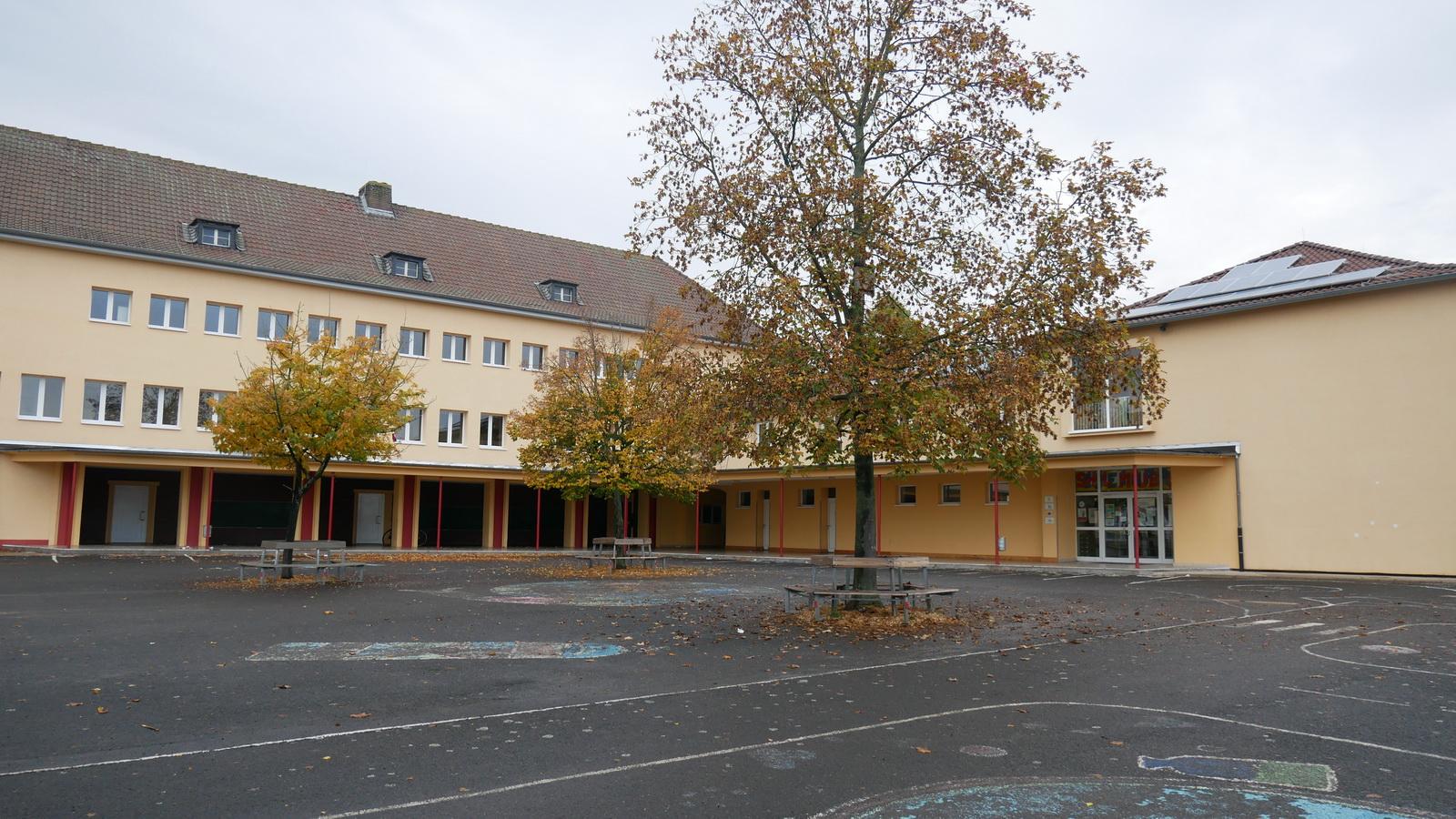 Grundschule, Pausenhof